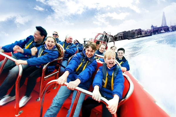 Family Thames Rockets Powerboating Experience - Special Offer