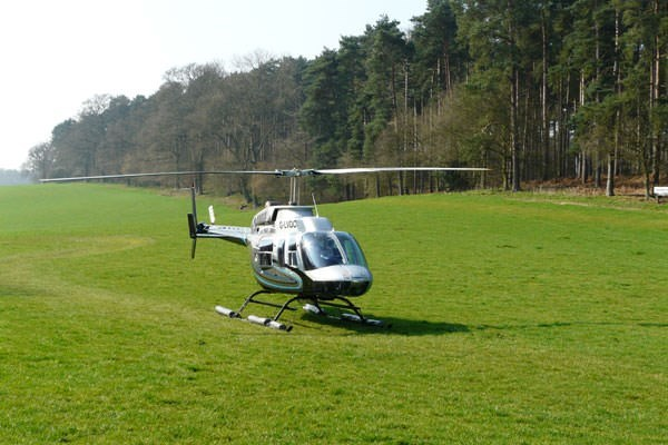 15 Mile Helicopter Tour for Two with Bubbly