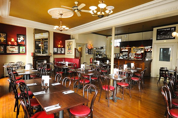 Three Course Meal and Sparkling Wine for Two at Café Rouge, Kew Bridge