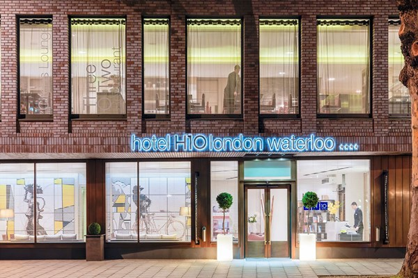 Overnight Getaway with Dinner at H10 London Waterloo