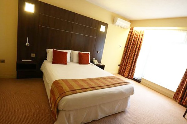 Two Night Stay in a Classic Double at The Bridge House Hotel
