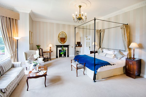One Night Romantic Break at Taplow House Hotel