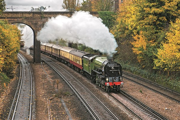 Best of Britain Day Excursion Aboard Belmond British Pullman for Two
