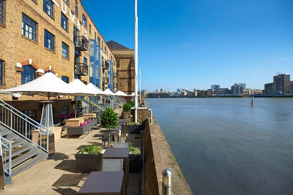 Bottomless Fizz Afternoon Tea for Two at DoubleTree by Hilton Docklands Riverside