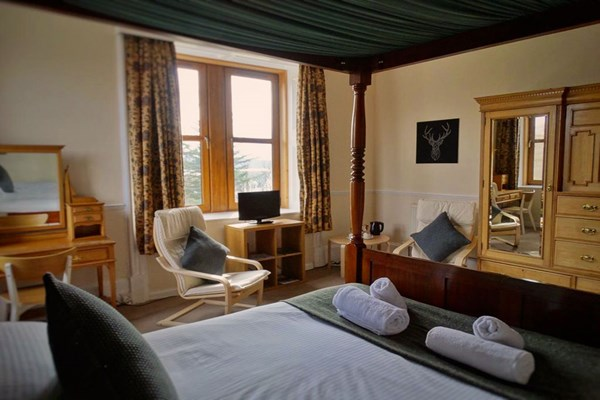 Two Night Hotel Stay for Two at Kilchoan House Hotel
