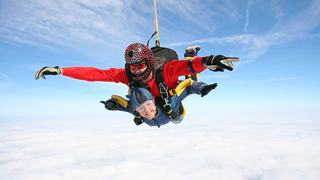 Tandem Skydive in Peterborough for One