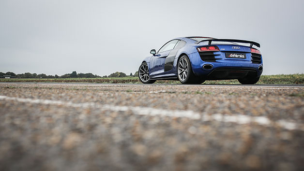 Audi R8 Driving Experience in Hertfordshire