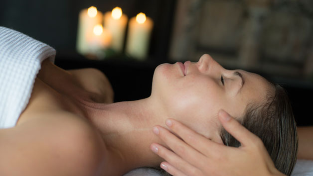 Weekday Restore Spa Day with Fizz and a 60 Minute Treatment for Two at The Spa at The Athenaeum