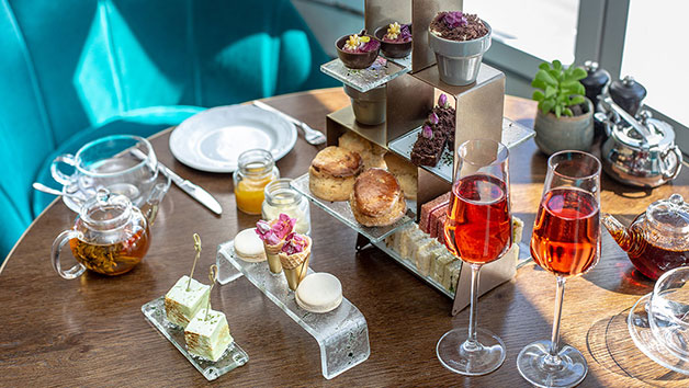 Bottomless Bubbly Afternoon Tea for Two at Marriott Hotel Park Lane