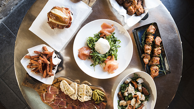 Bottomless brunch with prosecco for two at MAP Maison in London