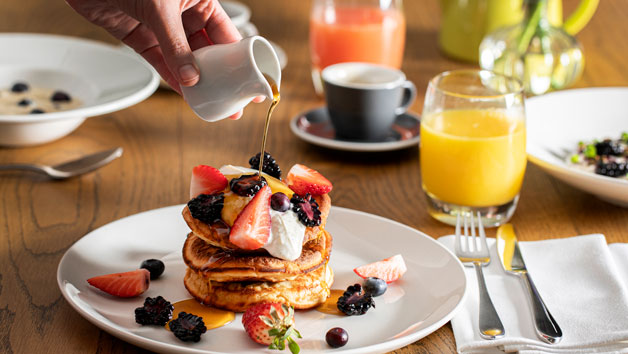 Breakfast in Swan Bar at Shakespeare's Globe London for Two