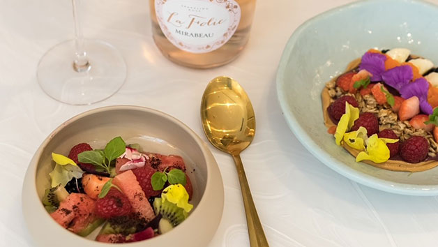 Two Course Brunch with Bottomless Gin Cocktails at Queens of Mayfair for Two