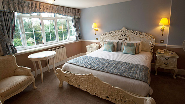 One Night Break for Two at Manor of Groves