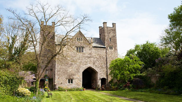Overnight Stay in a Medieval Castle for Two at the Welsh Gatehouse