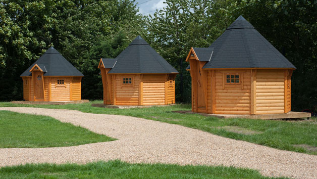 One-night Break in a Cabin With Bike Hire for Two Adults and Two Children