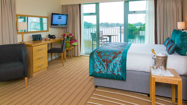 One Night Escape with Dinner for Two at De Vere Cotswold Water Park