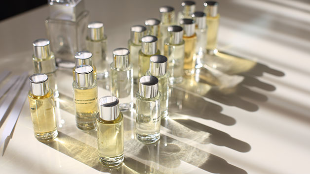 Design a Bespoke Fragrance from Home for One Person