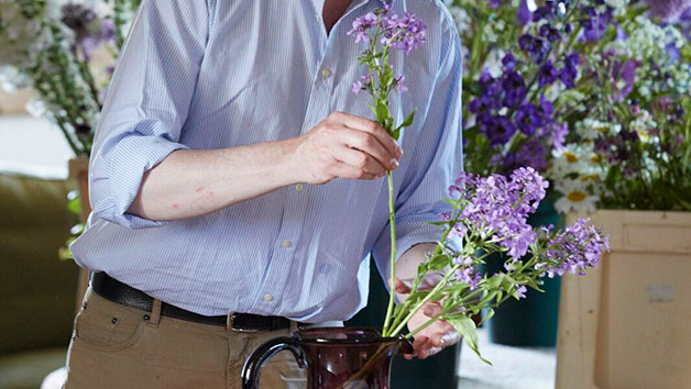 Online Art of Environmental Floristry Course for One with an Expert