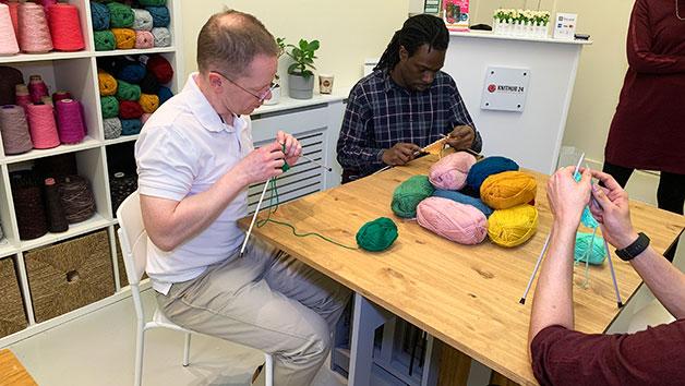 The Men's Hand Knitting Online Lesson for One