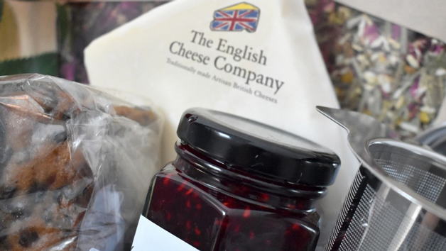 Letter Box Cheese Tea and Cake Gift Set