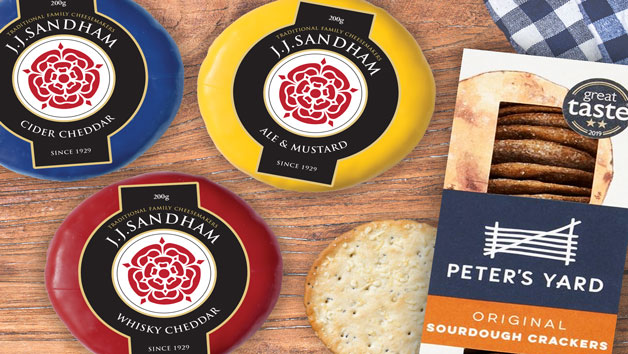 Gentleman's Cheese and Drinks Box