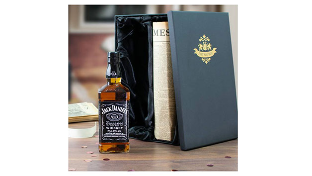 Jack Daniels Tennessee Whiskey and an Original Newspaper in a Luxury Gift Box