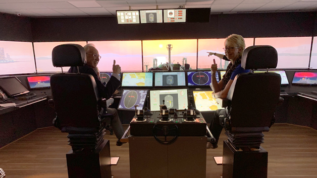 Ship Simulator Experience for Six People