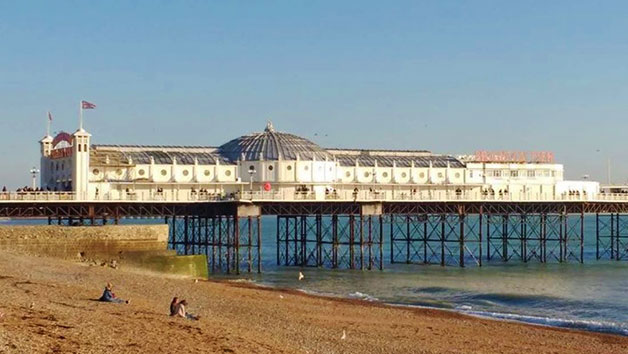 Food and Sightseeing Tour in Brighton for Two