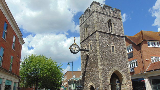 Guided Sightseeing History Tour of Canterbury for Four People