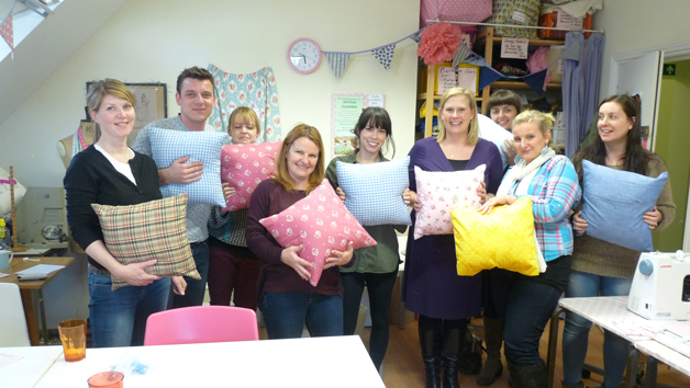 Online Sewing Workshop Making a Tote Bag or Cushion for One Person