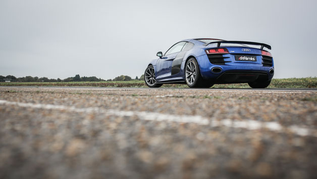 12 Lap Audi R8 Driving Experience in Hertfordshire