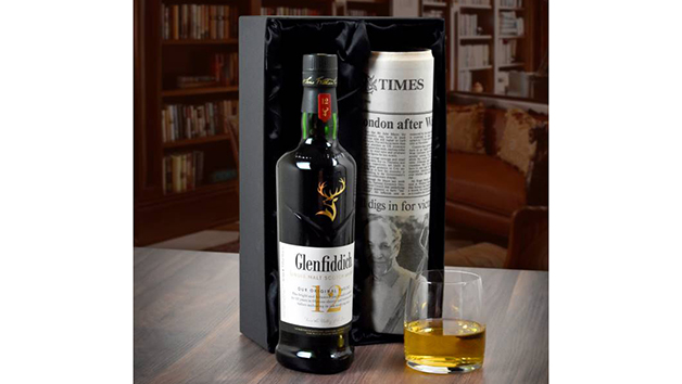 Glenfiddich Whisky and Newspaper in a Luxury Gift Box