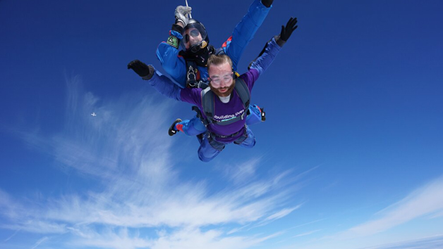 Ultimate 15,000ft Tandem Weekday Skydive for One Person