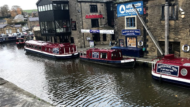 Two Course Sunday Roast Dinner with a Bottle of Wine for Two at Skipton Boat Trips