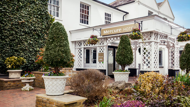 Overnight Stay at Mercure St Albans Noke Hotel for Two