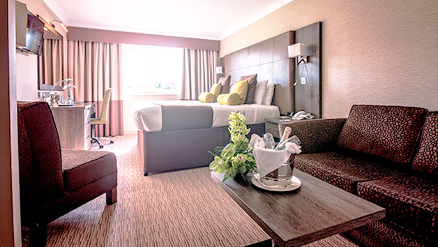Two Night Stay with Breakfast at Mercure Milton Keynes Hotel for Two