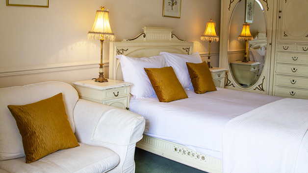 One Night Luxury Stay with a Three Course Meal at The Wensleydale Hotel for Two