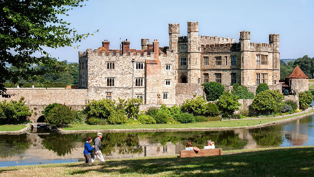 Luxury Coach Tour to Leeds Castle, Canterbury, Dover and Greenwich for Two