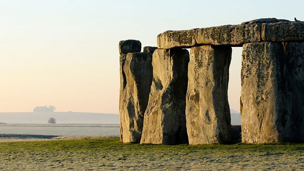 Luxury Coach Tour to Stonehenge for Two