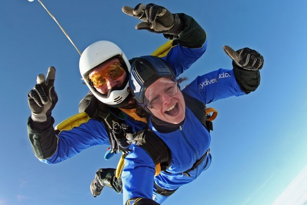 Introductory Tandem Skydive in Devon for One