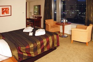 Overnight Stay For Two At Mercure Sheffield St Pauls Hotel