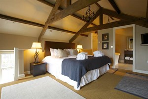 Overnight Luxury Escape With Three Course Dinner For Two At The 5-star Yorebridge House