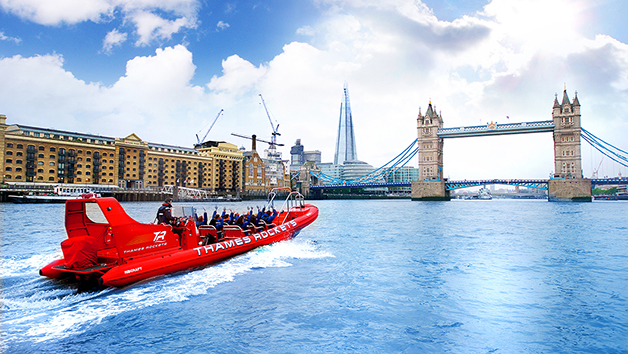 Extended High Speed Boat Ride On The River Thames For Two