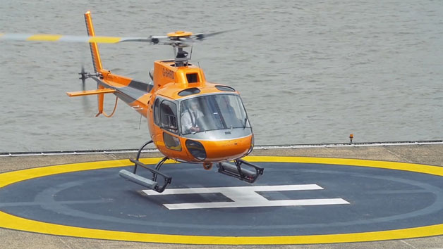 10 Minute Helicopter Flight of London for One
