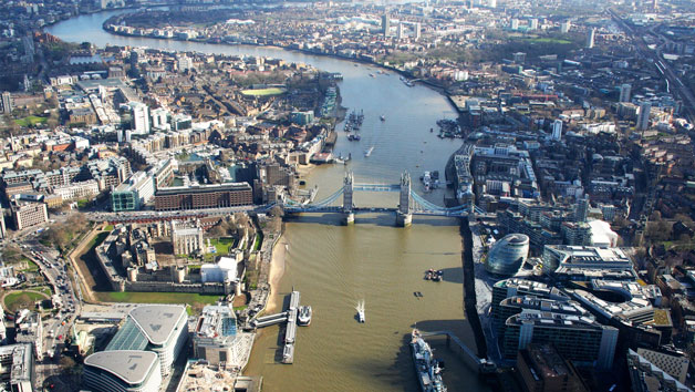 25 Minute Helicopter Tour Over London For One