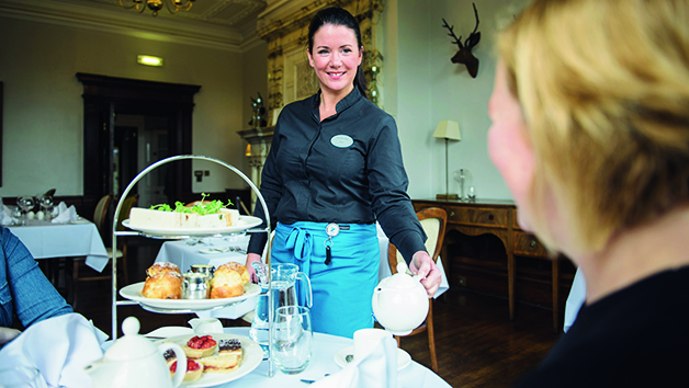 Champagne Afternoon Tea At A Warner Leisure Hotel For Two