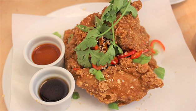 Chicken Wing Walking Tour Of East London For Two