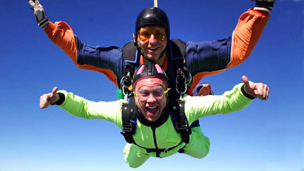7,000 feet Tandem Skydive in Peterborough