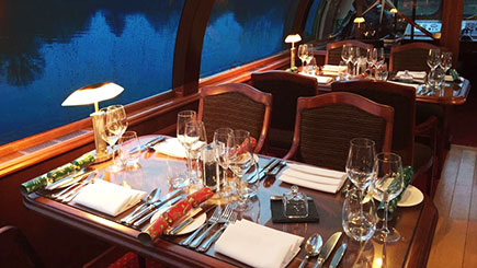 Bateaux Windsor Thames Dinner Cruise for Two