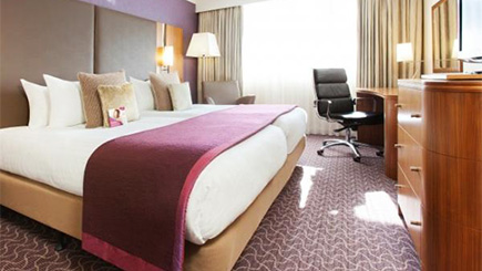Hotel Escape for Two at The Crowne Plaza, Reading